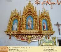 Tòa công giáo thiếp vàng
